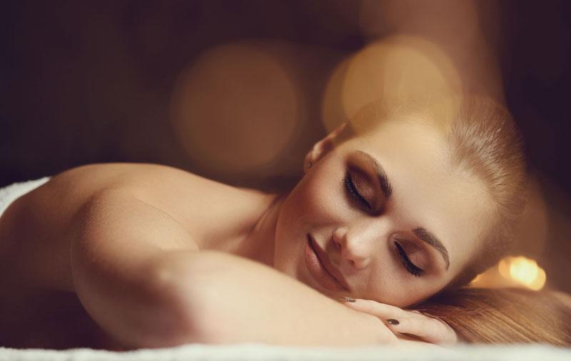 image massage soin du corps femme